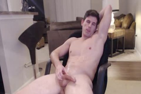 Straight Ripped Hunk likes Fingering His wazoo