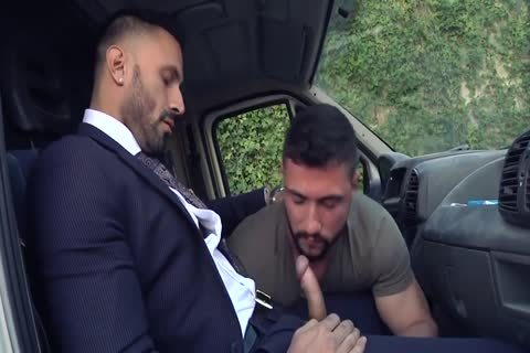 Alpha Truck Driver fucked By Suit Hunk