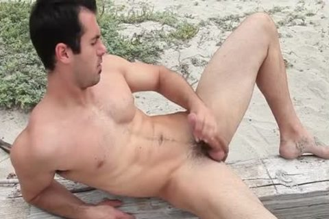 Hung Brock Cooper Jacks His penis At The Beach