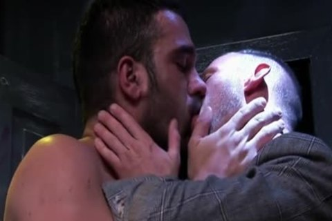 Muscle homosexual trio With Facial