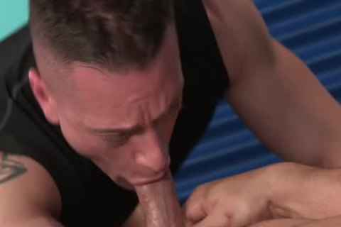 Muscle Bear anal And anal cum flow