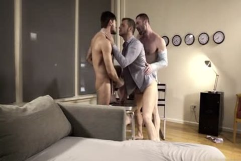 large penis homo Flip Flop And ejaculation