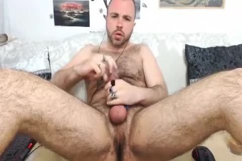 HairySexyStud. My Looks, Humor And Imagination Will Make u Want To Come One more Time.