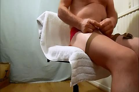 Archive7: 22-04-17 new nylons And cumshot