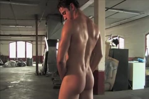 Legend dudes Gavin Wolfe 01 (Jeremiah Sanchez) - Warehouse jerk off Solo