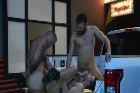 Muscle Bear three-some With Facial spooge