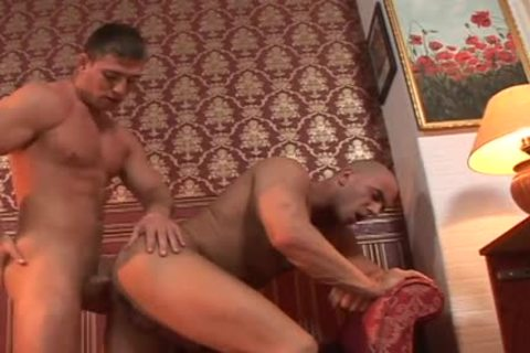 Muscled lad poke His Buddy's fine tasty butthole