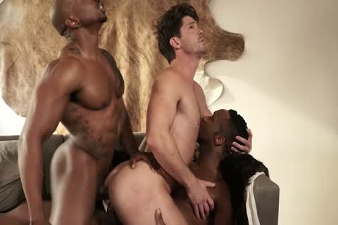 Interracial 3some (dp)