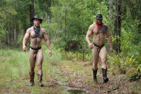 Southworld - Two Muscle males In The Woods