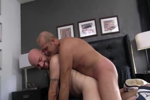 Sean acquires team-fucked bare