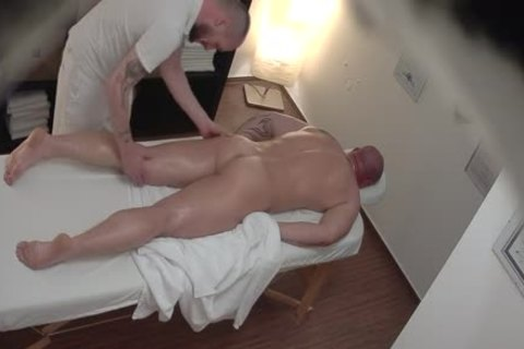 CGM 7 - Straight Muscled Daddy likes To Be Massaged And Worshipped