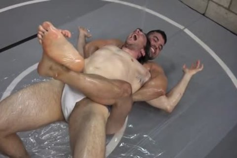 wrestling at Ice Gay Tube