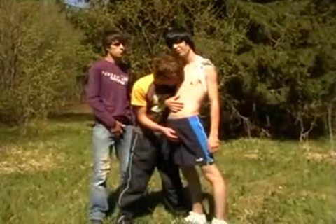 3some teens On First Time Barebacking Outdoor