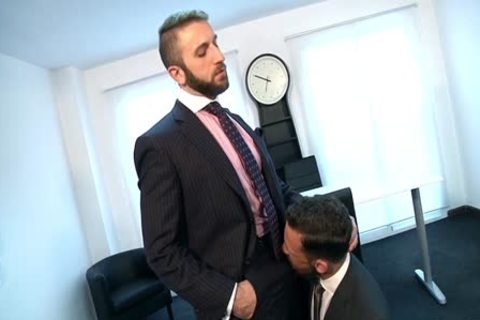 Lustful homosexuals plough in the office