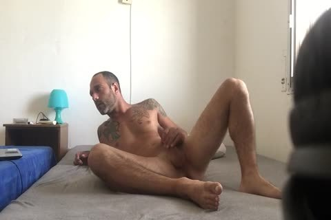Hidden web camera Catches Roommate webcam Model Broadcast Himself undressed And Masturbating Showing Feet