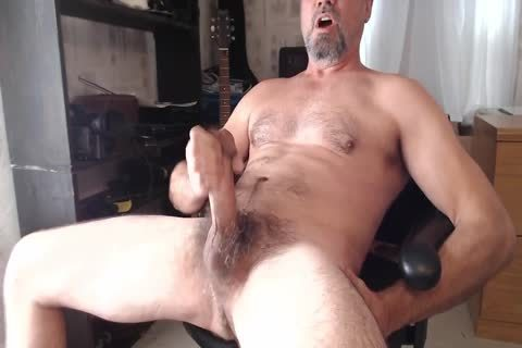 XXL Hung hairy Daddy discharges sperm