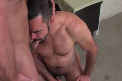 Dirk Caber And Dolan Wolf (okay P3)