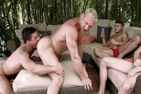 A 3some With Spectators