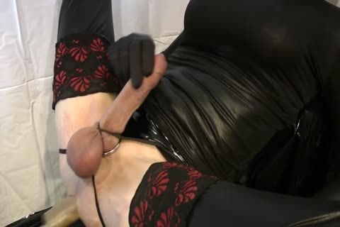 Sissy receives fucked By The Machine
