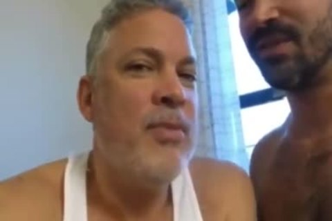 Muscle Bear Barebacking plowed By Two large penis